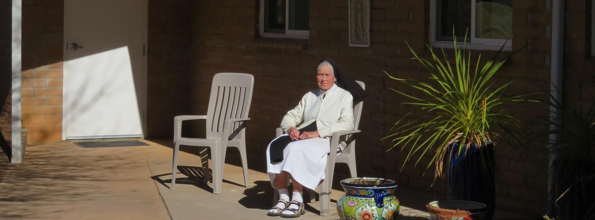 2021 01 18 Sister Kate praying rosary